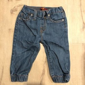 Soft jeans with cuff bottom